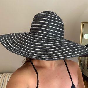 Talbots large sun hat
